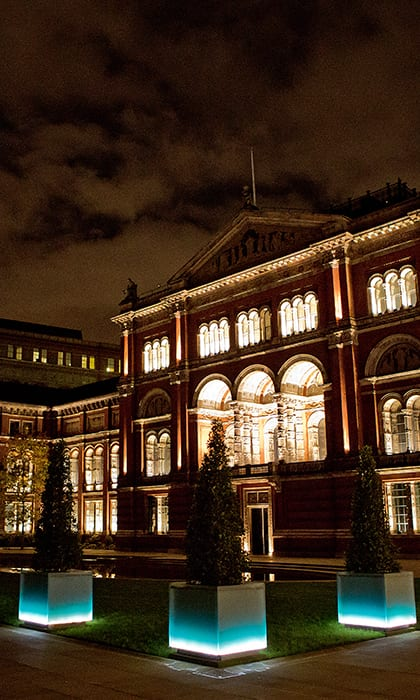 Beautiful exterior of luxury wedding venue, Victoria and Albert Museum, lit up in the eveing